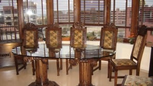 stolove-masivno-dyrvo