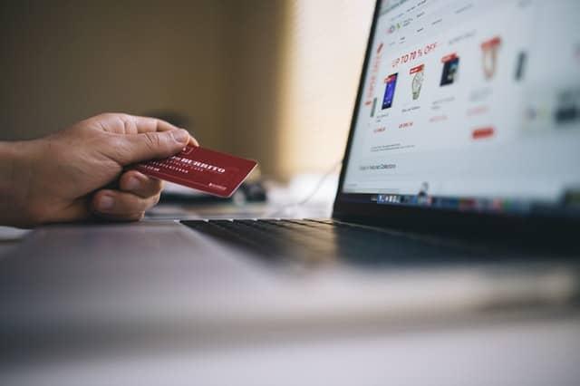 защо да пазаруваме онлайн